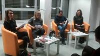 Nederlandse dichter en zijn vertaalster in het Tsjechische omroep